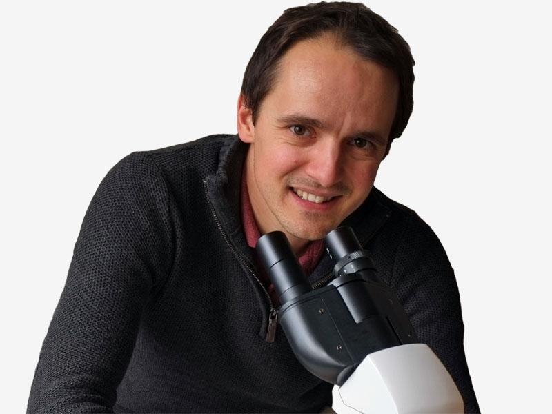 Romain, auteur de la clinique du gazon